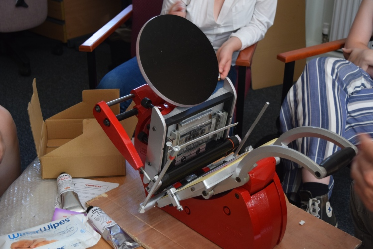 Setting up the Adana press